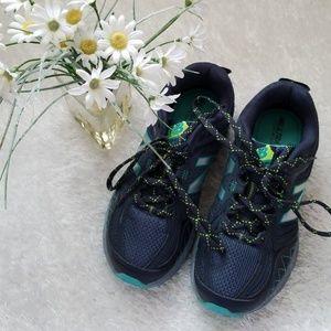 New Balance Techride Running shoes sz 6